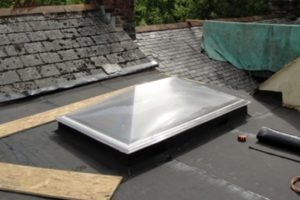 repair roof edge tiles